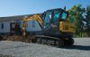 Kompaktn� rypadlo NEW HOLLAND E57C